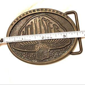 Hollister Accessories - Hollister brass belt buckle